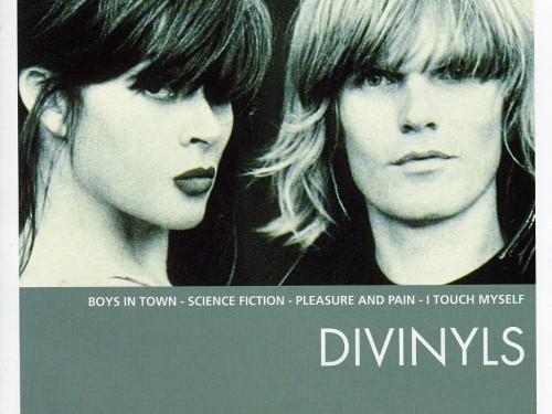 Divinyls-Essential-500x375c